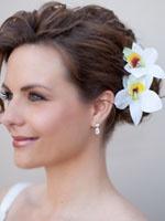 Wedding hair ideas galore!   www.haircomesthebride.com!