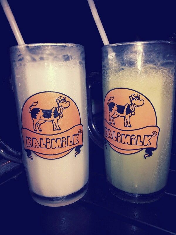 Kalimilk @Yogyakarta. Iced Hazelnut milk (left) n green tea milk (right). Sooooo tasty ... you should try...