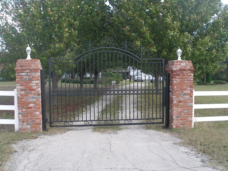 17 Best Images About Fencing On Pinterest Iron Gates