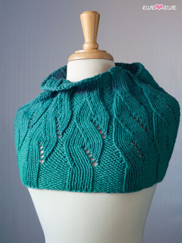 Knitting Pattern Cable Knit Cowl Vest : 122 best Cowl & Infinity Scarf Knitting Patterns images on Pinterest Kn...