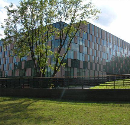 """Офисный комплекс """"Чайка Плаза"""", реконструкция.  Дизайн - aaba architects. http://aaba.ru/project_4/"""