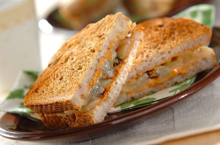 梨とピーナッツで乾燥対策。おやつにもおすすめ。梨とピーナッツバターのサンドイッチ/山下 和美のレシピ。[洋食/ピザ・サンドイッチ]2014.09.26公開のレシピです。
