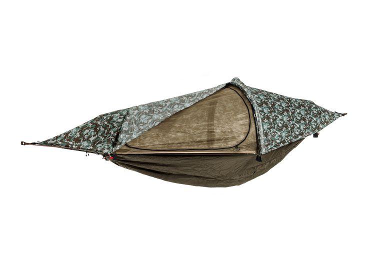 DER MULTIFUNKTIONALE PARTNER FÜR DEIN OUTDOORABENTEUERflying tent® vereint vier Funktionen in nur einem Produkt: Hängemattenzelt, Ein-Personen-Biwakzelt, Hängematte und Regenponcho. Das innovative, hochfunktionale und nutzerorientierte Design bietet höchste Qualität. flying tent® lässt sich einfach und schnell aufbauen (Pop-up-System), ist leicht zu transportieren und ein echter Outdoorallrounder. Ein Qualitätsprodukt für alle Outdoorfans.DEINE FIX UND FERTIG GEPACKTE KOMPLETTLÖSUNG INKL…