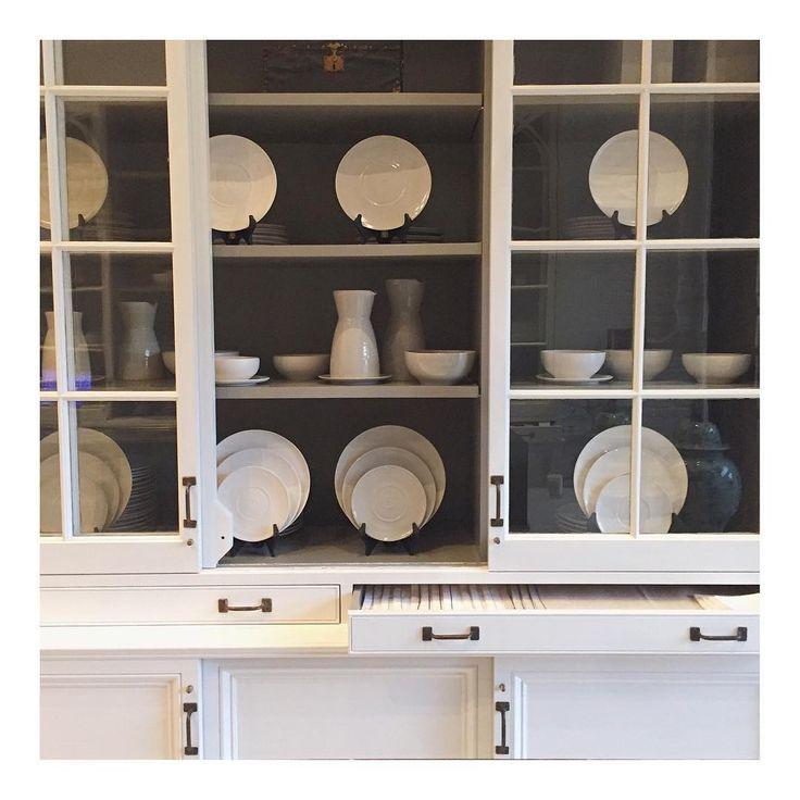 """Chic cabinetry @darrylcarterdesign"""