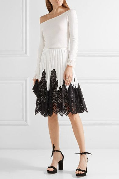 Ivory stretch-knit, black cotton-blend lace Concealed hook and zip fastening at back 47% silk, 46% cotton, 6% polyester, 1% elastane; trim: 71% cotton, 29% nylon; lining: 100% silk Dry clean Made in Italy