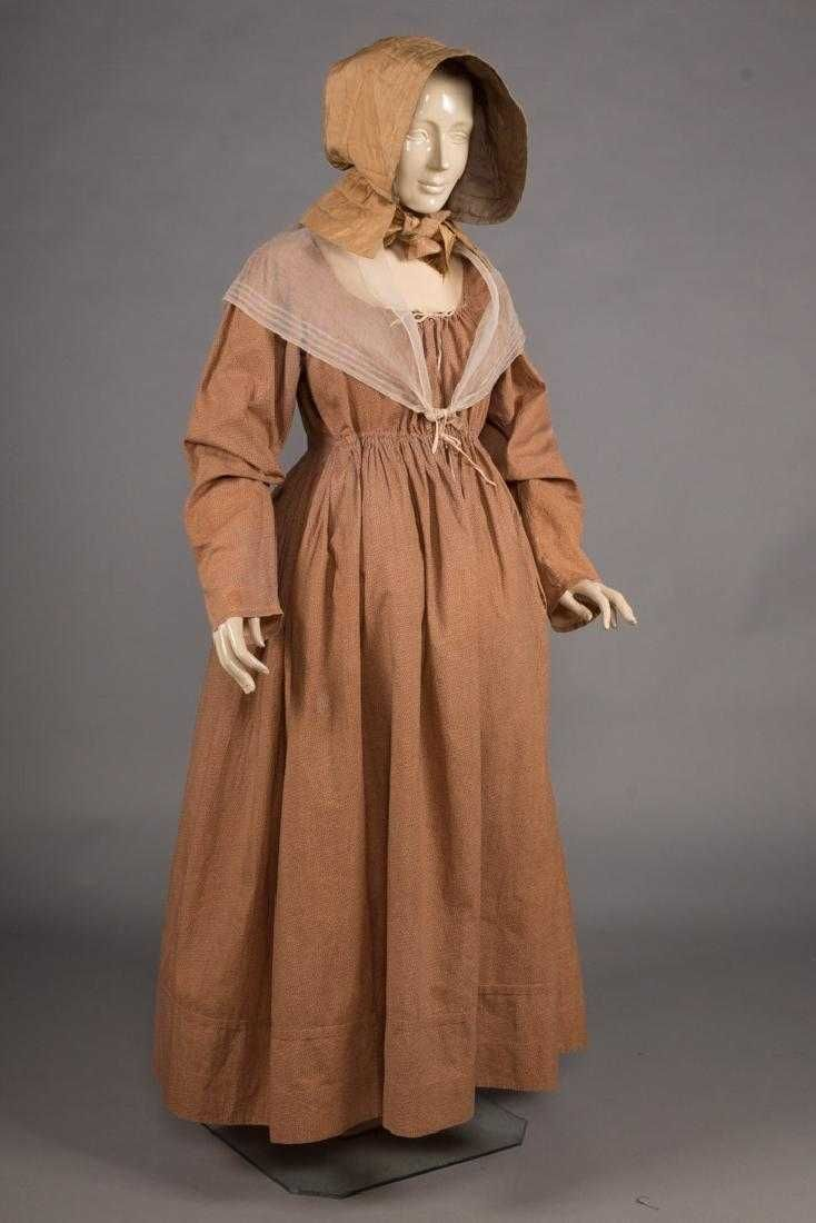 Quaker Maternity Dress Hood Fichu Shawl 1820s May 14 2019 Augusta Auctions In Massachusetts Maternity Dresses Dresses For Pregnant Women Vintage Outfits [ 1100 x 734 Pixel ]