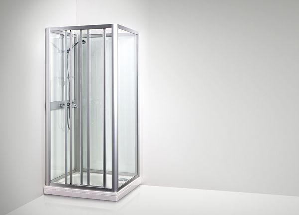 KARIBIA SKL -suihkukaapin pitkällä sivulla sijaitsevan liukuoven ansiosta suihkukaapin voi asentaa vaikka keskelle suoraa seinää tai syvennykseen.