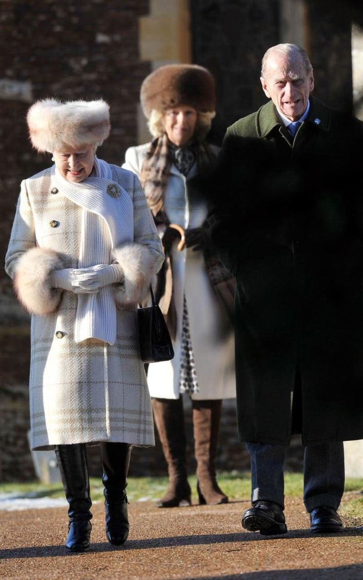 The Queen looked cosy in cream on Christmas Day in 2010.