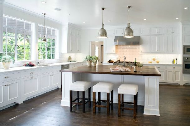 Another great white kitchen.: Kitchens Design, Dreams Kitchens, Shakers Kitchens Cabinets, Kitchens Islands, Kitchens Pendants, Wood Countertops, Design Home, White Cabinets, White Kitchens
