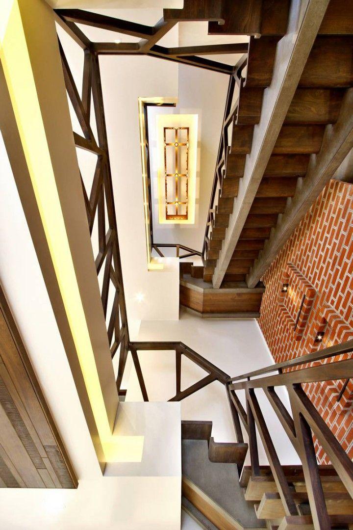 Nitya Bungalow – a+t associates   Modern house facades ...