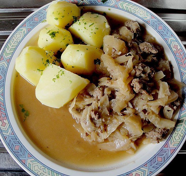 Mauschkraut (Schichtkraut), ein schönes Rezept aus der Kategorie Herbst. Bewertungen: 105. Durchschnitt: Ø 4,5.