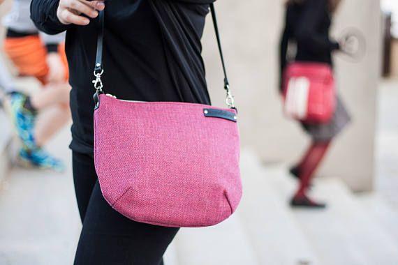 Raspberry messenger bag crossbody bag with leather adjustable