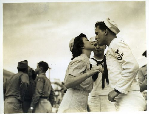 til we meet again...: Old Schools, A Kiss, The Kiss, Panama Cities, Pucker Up, 253 Tyndal, Photo, Tyndal Fields, Florida Wwii