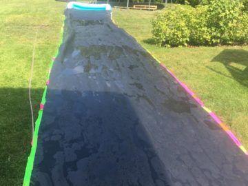 Wasserrutsche bauen - DIY Anleitungen zur eigenen Teichfolien Wasserrutsche!