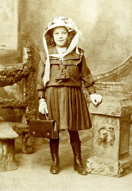 Victorian schoolgirl - Poplar, East London (by STENDEC STARDUST)