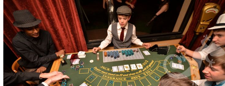 Great Gatsby, sweet,sweet 16th festive,dress-up, play for sweets, spectacular birthday party