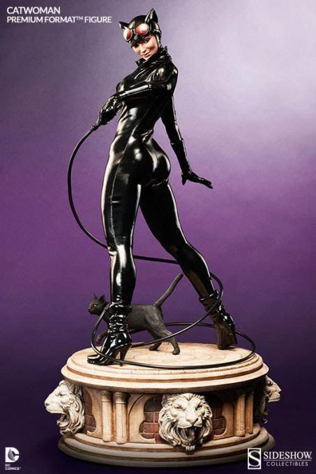 Estatua Catwoman 58 cm. Premium Format. Escala 1/4. DC Cómics. Sideshow Collectibles Excelente réplica de la estatua de Catwoman de 58 cm de altura, una pieza que te pondrá los pelos de punta por su increíble moldeado y pintado.