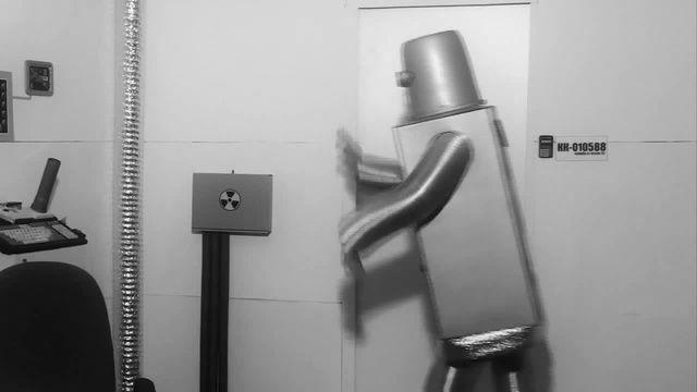 "МИСТЕР МАЛОЙ И МИКРО МЭН ""VK/СЛЫШЬ"" #vkfest #гимнвконтакте #мистермалой"