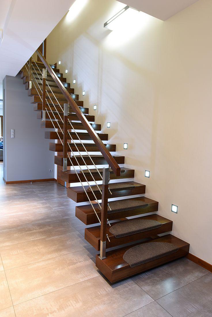 P187 Schody wspornikowe   Konstrukcja: wspornikowa   Drewno: jesion bejcowany   Balustrada: stal nierdzewna + drewno