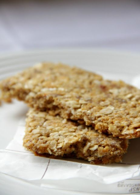 My Happy Place: oats 'n honey granola bars {Nature Valley copycat} Small batch, but very good!