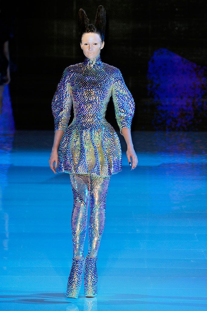 Alexander McQueen  Platos Atlantis - Spring 2010 - Ready-to-Wear.  The Iridescent fish scale embossed fabric and the colours represent the trend of deep summer