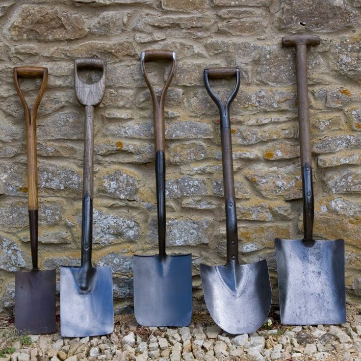 Tara Dillard:  Looking at these shovels is like reading a book.