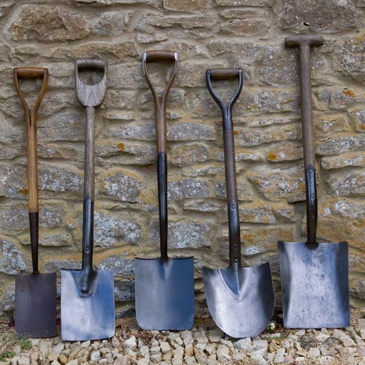Tara Dillard:  Looking at these shovels is like reading a book.