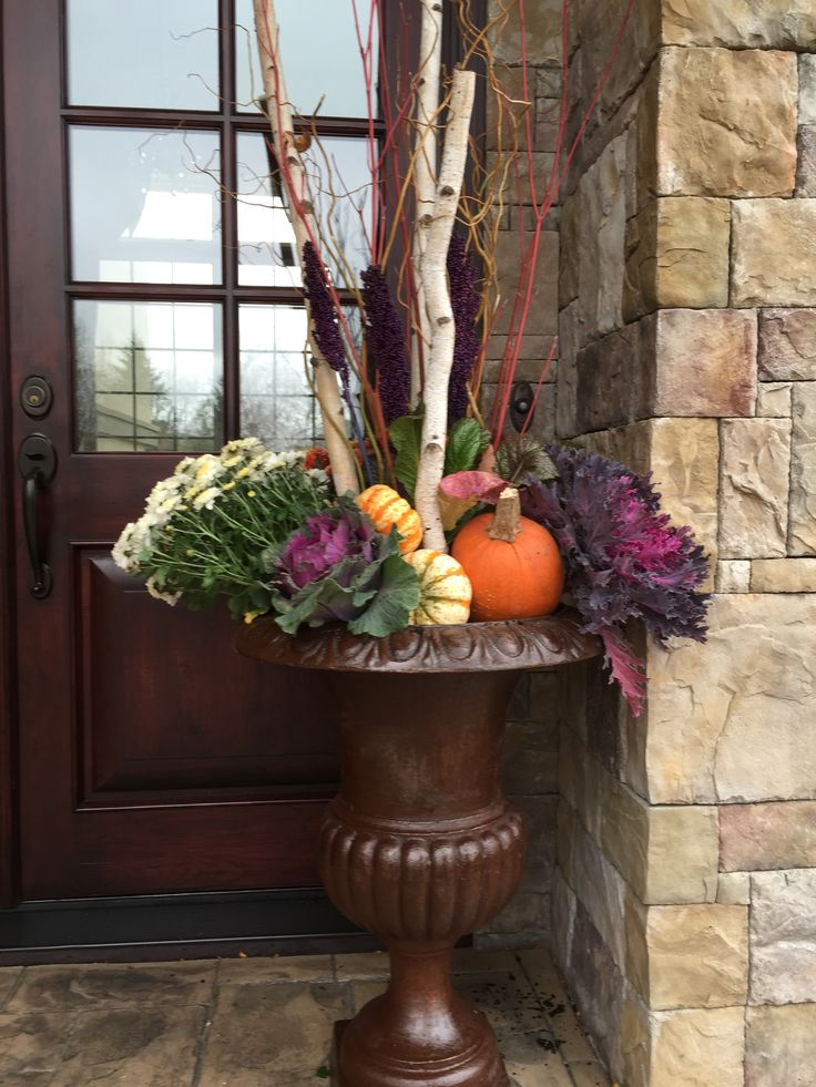 Fall Planter, Garden Design, Kale, Pumpkin, Mums. www.sarahscottagecreations.com
