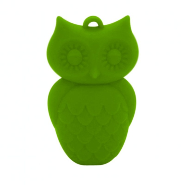 Owl teething necklace in Peapod green at Mama Jewels