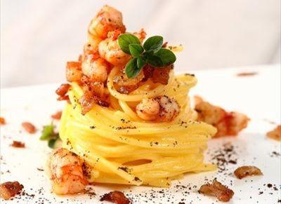 Spaghetti alla carbonara di gamberi e caffè