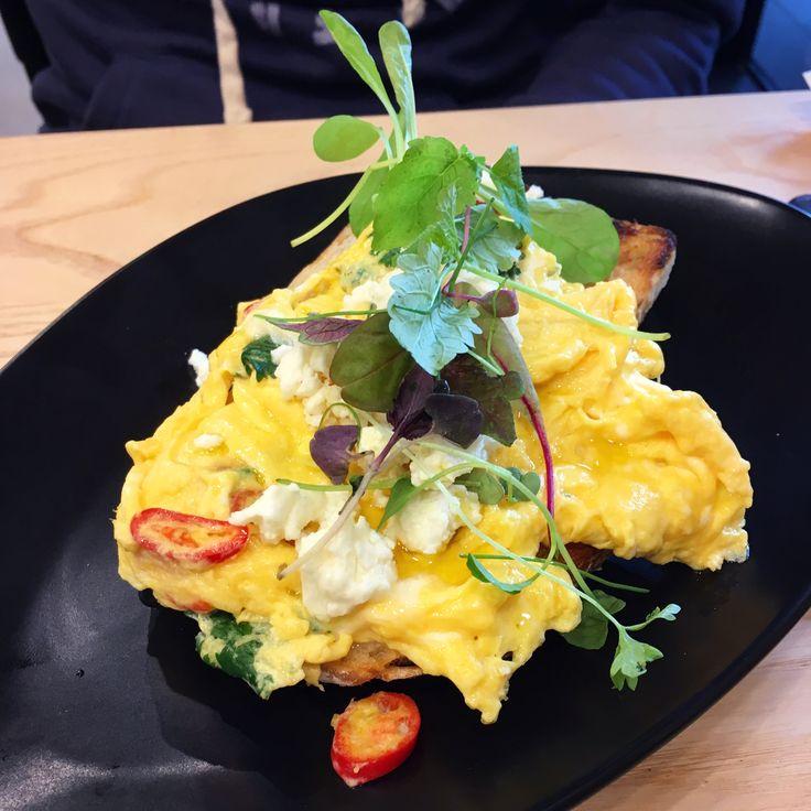 St. Cooper Cafe (North Melbourne): Chilli Scramble [9/10].