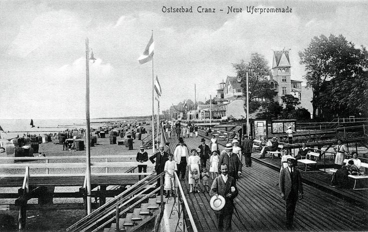 https://flic.kr/p/8X6ziT   103 Cranz - Strandpromenade   Ansichtskarte aus der Sammlung André Gebler, Dresden.