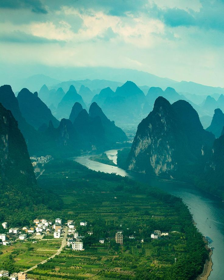 75/365. One of if not the most beautiful views I've seen in my life. Lijang River China.