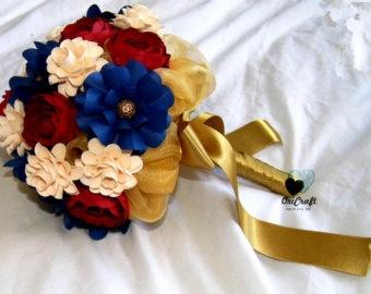 Marine colors wedding bouquet.