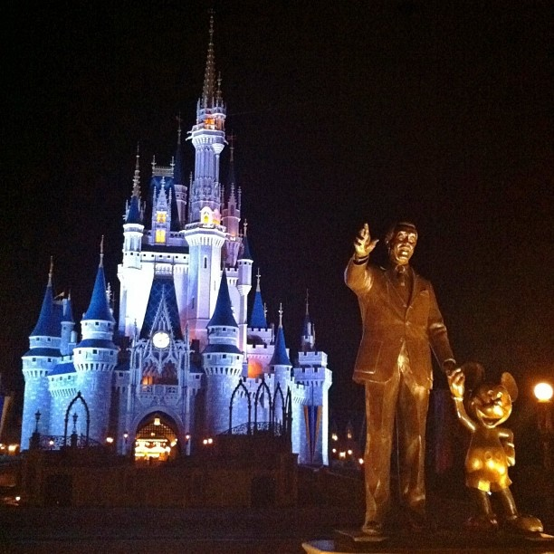 Disney iPhoneography Tips is a good blog with great tips, whether you're at Disney or not.