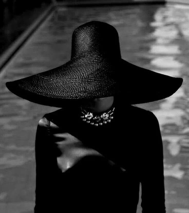 Black's elegance... Love this hat!!!