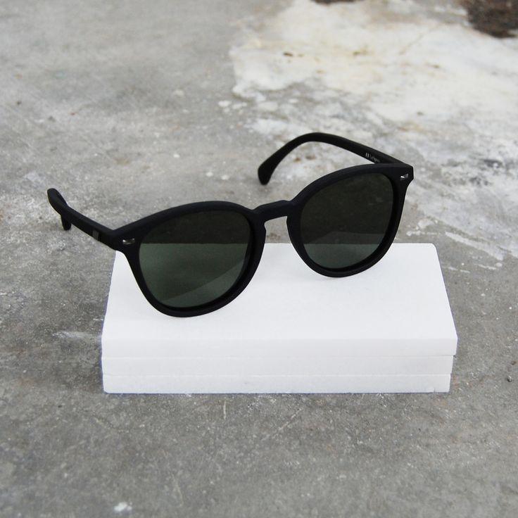 bandwagon // black rubber + khaki mono