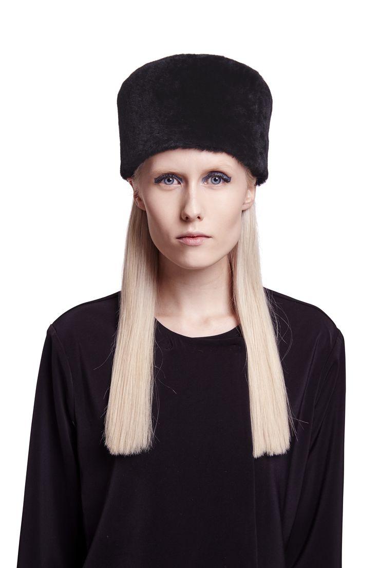 ONAR Itoh hat in black