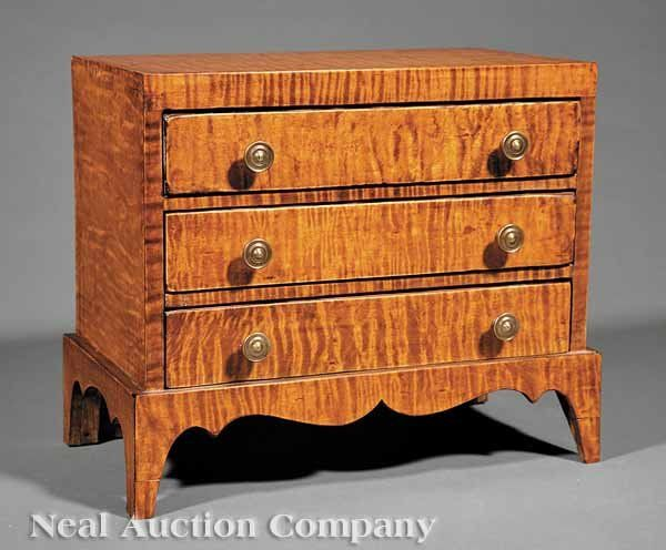 Good Miniature Tiger Maple Chest Of Drawers