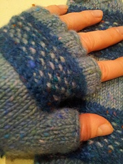 Treads mittens from Ravelry, free pattern, Kilcarra in Donegal Aran tweed