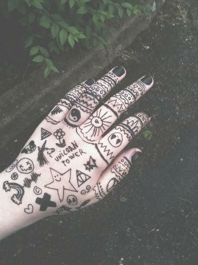 Doodles~~~This is not a tattoo or Henna but I do this on school all the time.