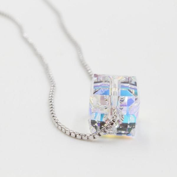 سلسال سوارفسكي Pendant Necklace Accessories Necklace Pendant