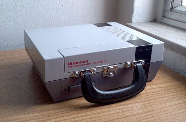 NES Lunchbox? Yes, please!