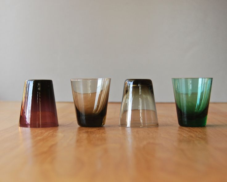 Vintage Scandinavian Modern Shot Glasses by DipperVintage on Etsy https://www.etsy.com/listing/210402502/vintage-scandinavian-modern-shot-glasses