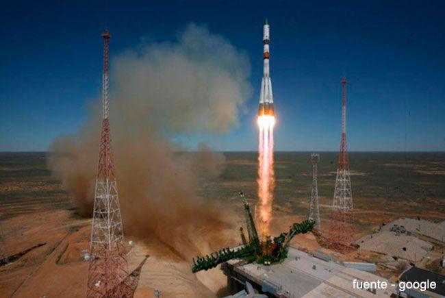 La #naveespacial Progress M-27M está fuera de control. #astronauta #aeroespacial #Kelly #Kornienko #Padalka #ISS #estaciónespacial #EstadosUnidos #Rusia #México