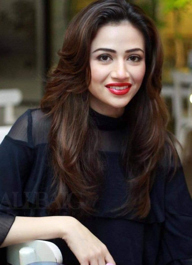 Pakistani actress name and pics