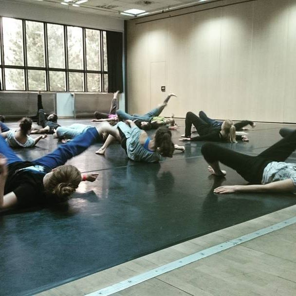Masterclass with Chloe Beillevaire ♥ #start #first #day #balletoff #loveit #dancers #people #floorwork #physical #dance #krakow #masterclass #workshop #workhard #sweat #go