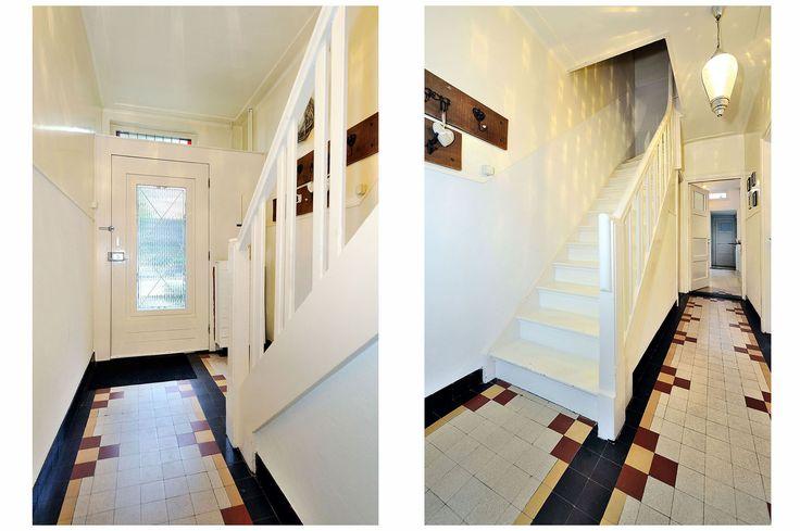 Jaren30woningen.nl | Hal in #jaren30 woning met originele vloerbetegeling