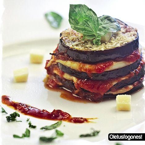 Un riquísimo plato de auténtico restaurante italiano, estas berenjenas a la parmesa estoy seguro que os van a encantar. Probad y me contáis.