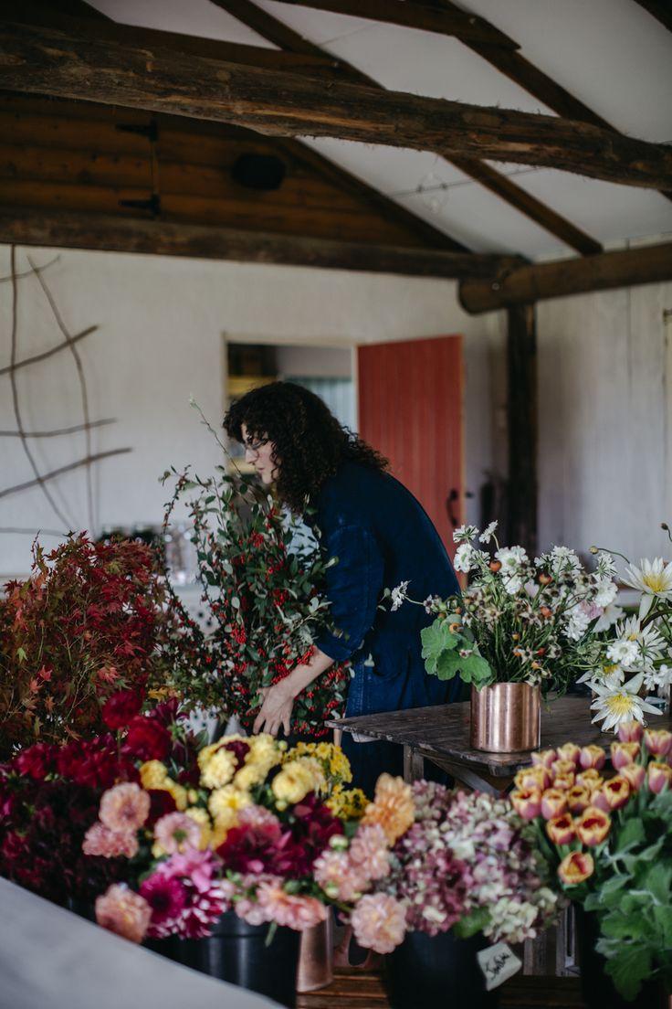 image: Luisa Brimble www.luisabrimble.com Jardine Hansen Autumn Florals Glenmore House Australia